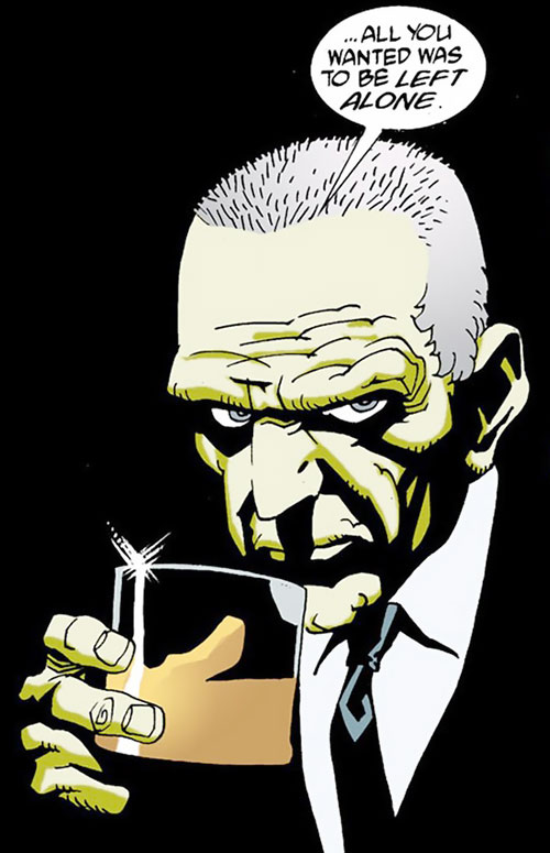 Agent Graves drinking (100 Bullets) (DC Comics)