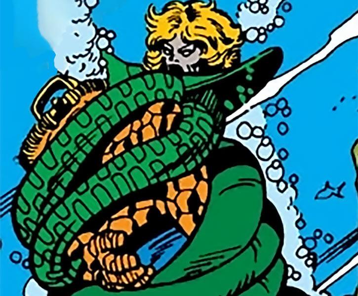 Anaconda fights the Thing underwater
