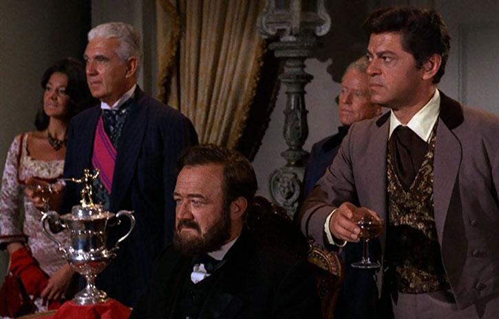 Artemus Gordon (Ross Martin) and the President