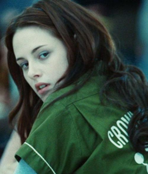 Bella Swan (Kristen Stewart in Twilight) (Early) with a green sports shirt