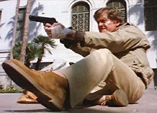 Bill Maxwell (Robert Culp in Greatest American Hero) shooting prone