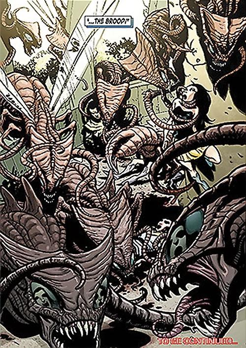 Brood aliens (X-Men enemies) (Marvel Comics) attacking Shi'ar nobles