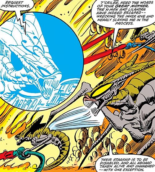 Brood aliens (X-Men enemies) (Marvel Comics) fighting and coordinating