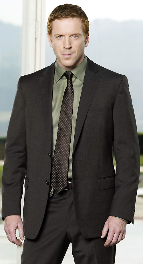 Charlie Crews (Damian Lewis in the Life TV series) in a brown suit