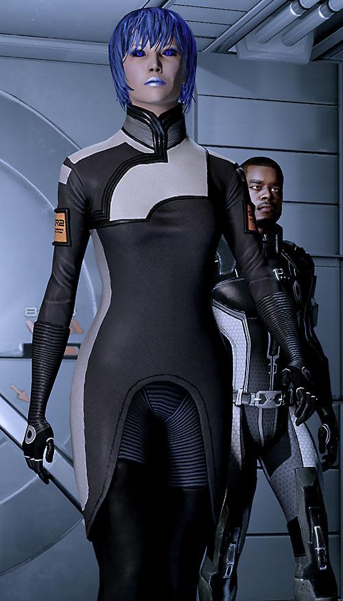 Commander Mari Shepard (Mass Effect 2) power walking