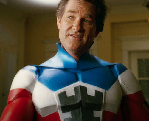 Commander Stronghold (Kurt Russell in Sky High) face closeup