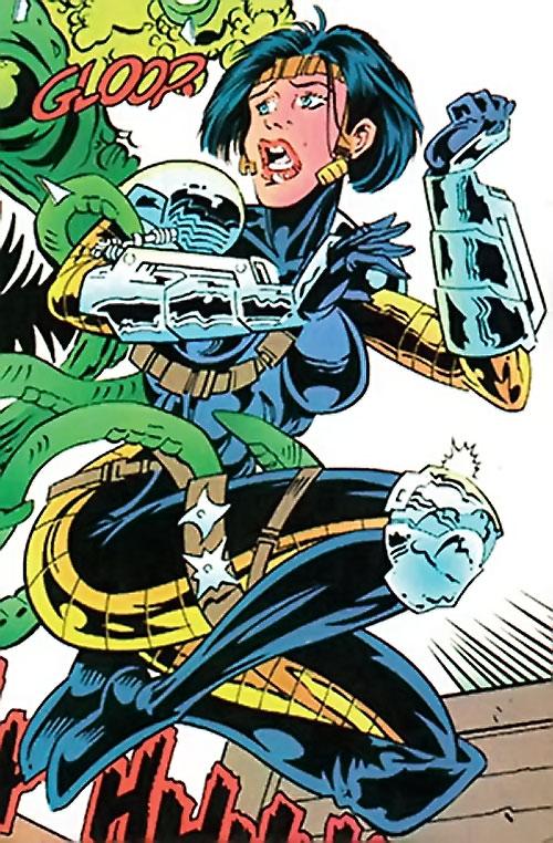Coven (New Titans enemy) (DC Comics) vs. Changeling
