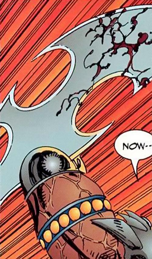 Cutthroat of the Vicious Circle (Savage Dragon comics) blade closeup