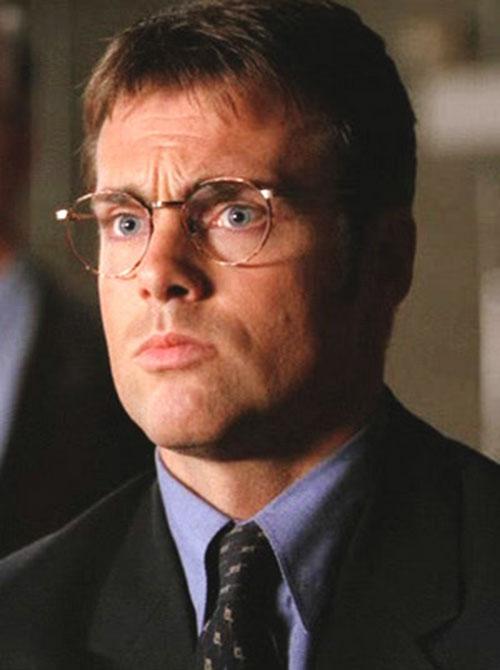 Dr. Daniel Jackson (Michael Shanks in Stargate) in a suit