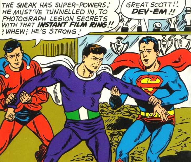 Dev-Em vs. Mon-El and Superboy