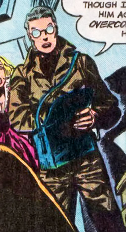 Dr. Helga Jace (Outsiders ally) (DC Comics) in a grey-green jumpsuit