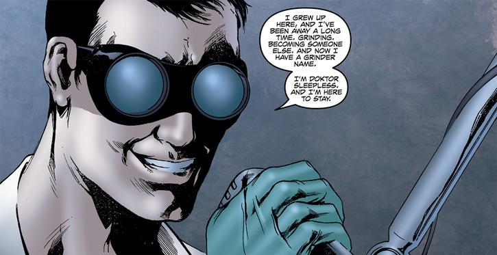 Doktor Sleepless (Ellis Avatar Comics) smiling