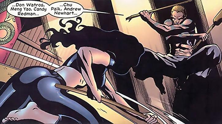 Drake dodges Elektra's staff