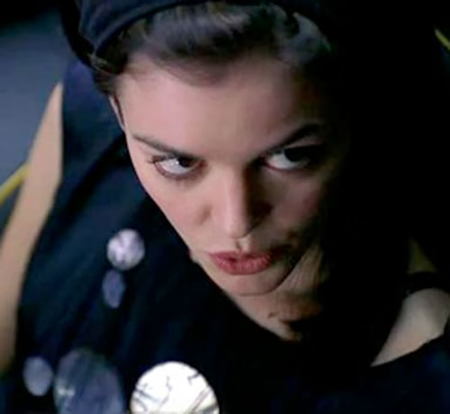 Eden McCain (Nora Zehetner in Heroes) high angle face closeup