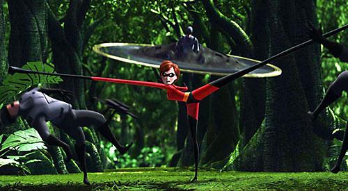 Elastigirl aka Mrs. Incredible (Pixar) fighting
