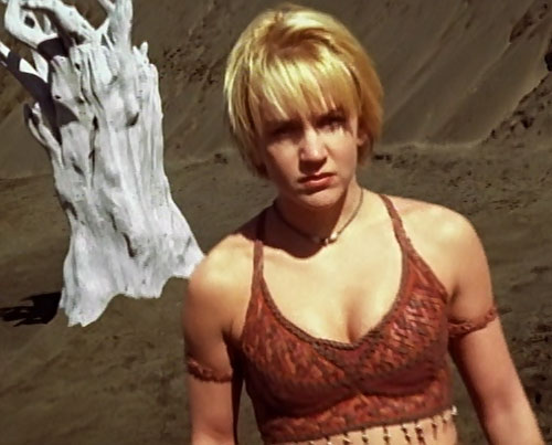 Gabrielle (Renee O'Connor in Xena) and a strange white tree