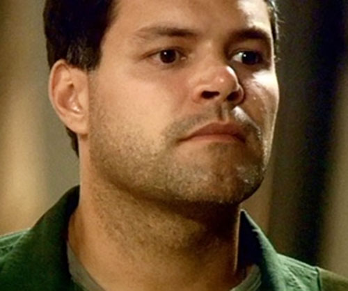 Chief Galen Tyrol (Aaron Douglas in Battlestar Galactica) face closeup