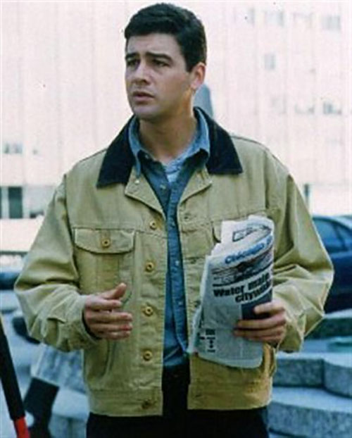 http://www.writeups.org/wp-content/uploads/Gary-Hobson-Early-Edition-Kyle-Chandler-a.jpg