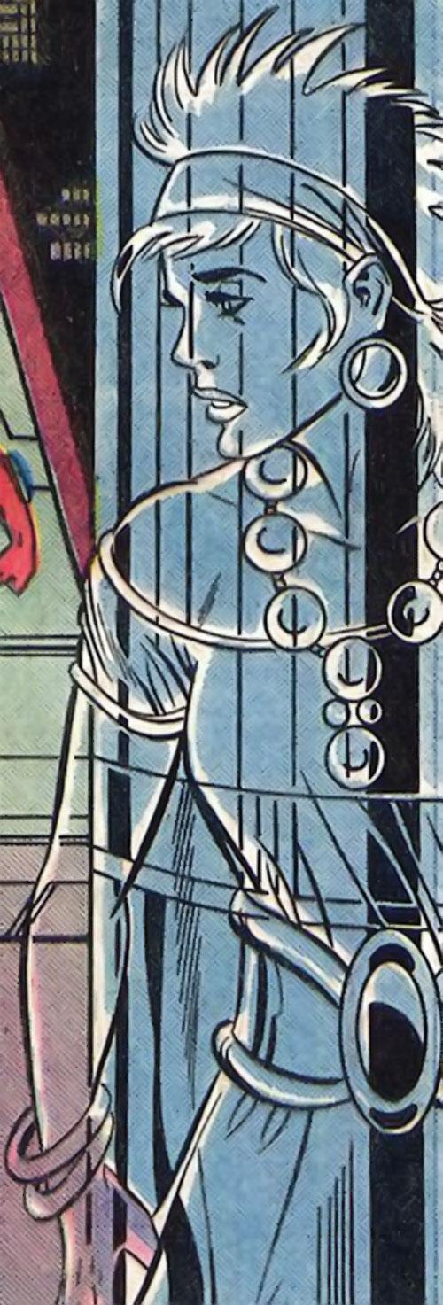 Gypsy of the JLA Detroit (DC Comics) invisible / transparent