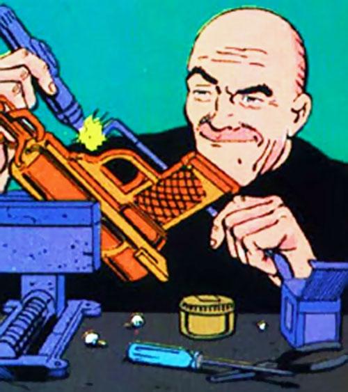 Heat Wave (Flash enemy) (DC Comics) working on his gun