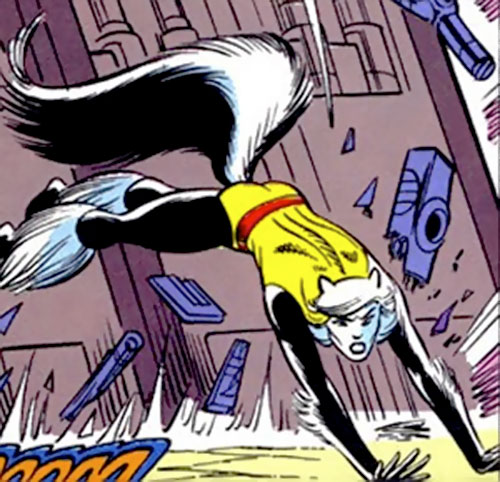 Hepzibah of the Starjammers (X-Men Marvel) leaping and doging