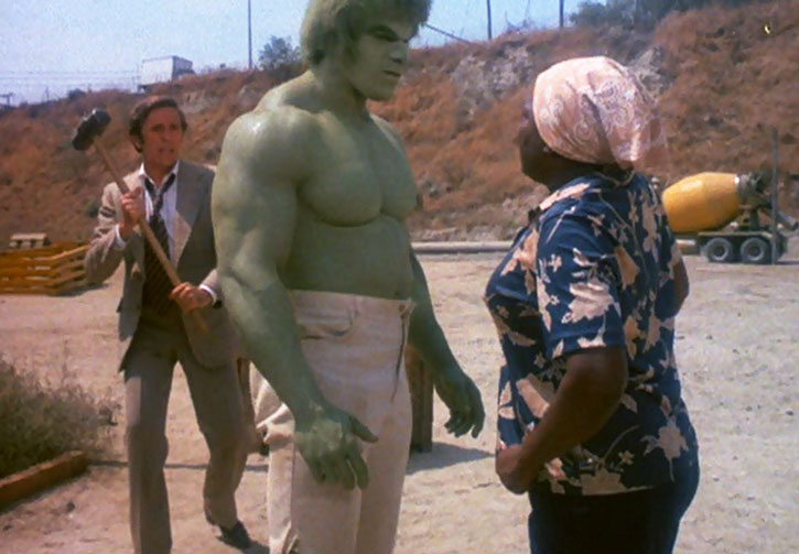 Jack McGee (Jack Colvin) tries to attack the Incredible Hulk from behind