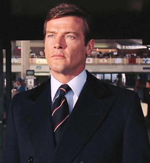 James Bond (Roger Moore) in an airport