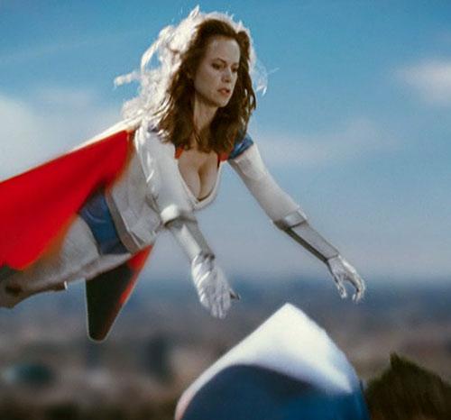 Jetstream (Kelly Preston in Sky High) in flight cleavage drops commander