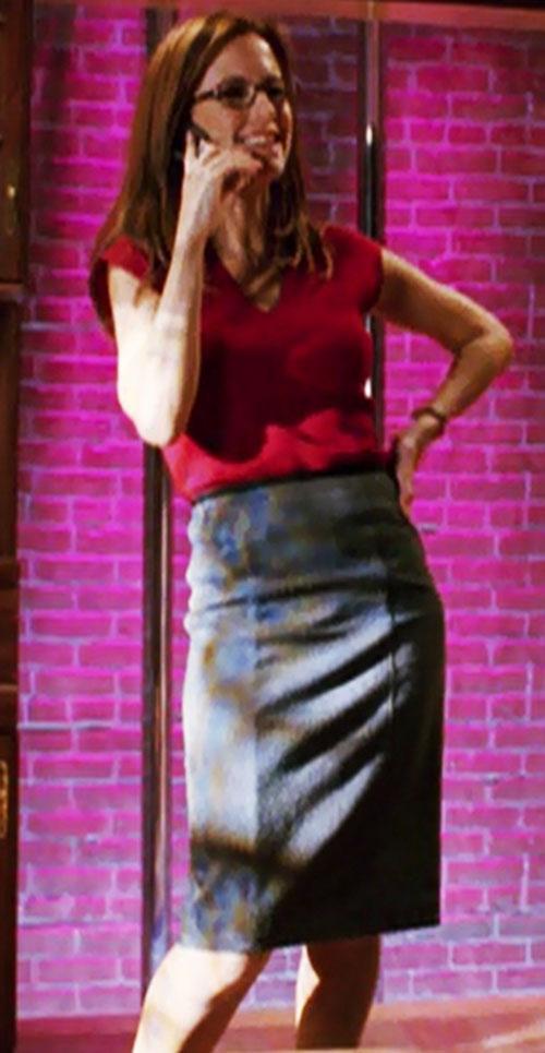 Jetstream (Kelly Preston in Sky High) gray skirt red top