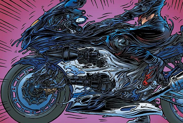 Kathryn Artemis morphing her bike
