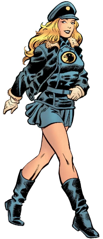 Lady Blackhawk of the Birds of Prey (DC Comics) walking