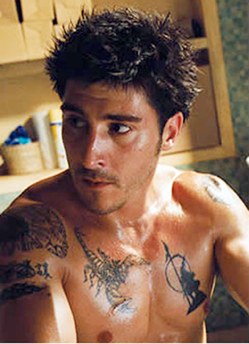 Leito (David Belle in District B13 / Banlieue 13) chest and shoulder tattoos