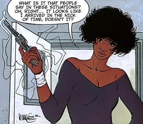 Lieutenant Jones (XIII comics) with a bandage and a revolver