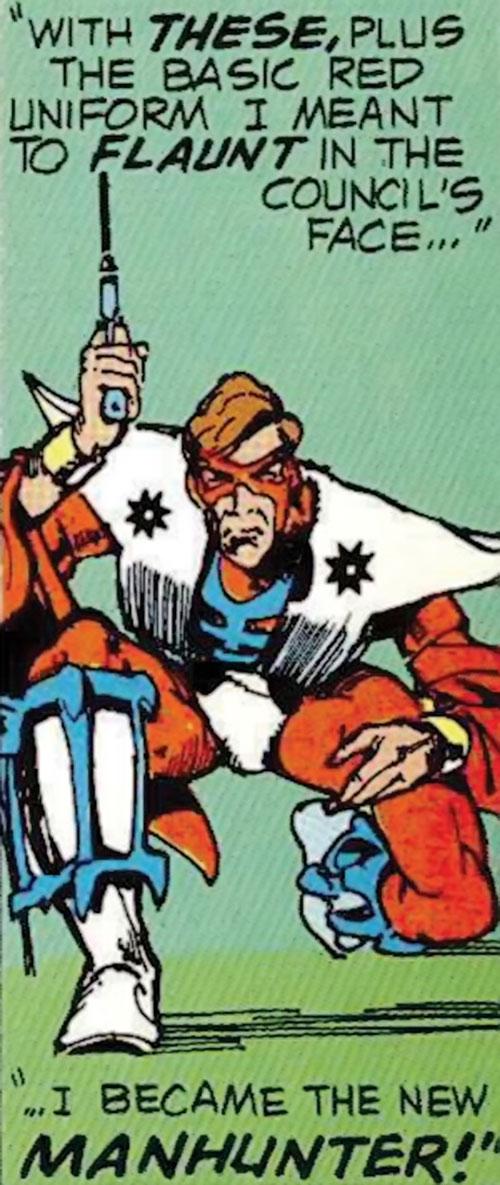 Manhunter (Paul Kirk) (DC Comics) (Red and white costume) crouching