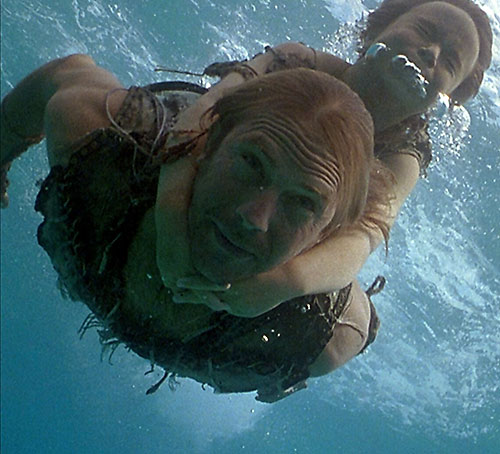Mariner (Kevin Costner in Waterworld) diving with Elona