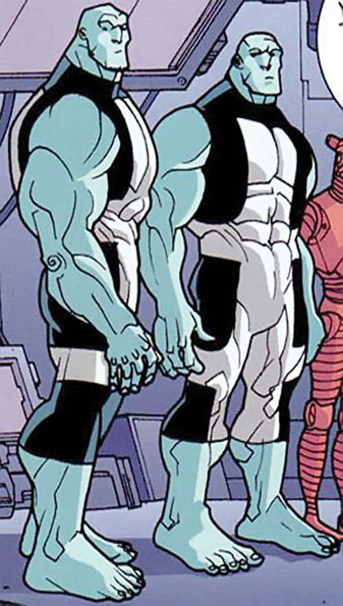 Mauler Twins (Invincible enemy) (Image Comics) bare-footed