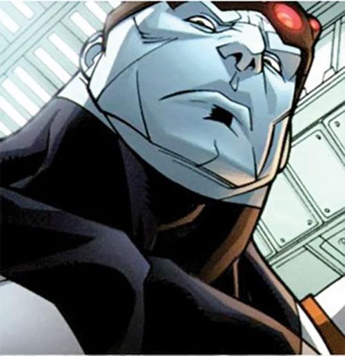 Mauler Twins (Invincible enemy) (Image Comics) low angle face closeup