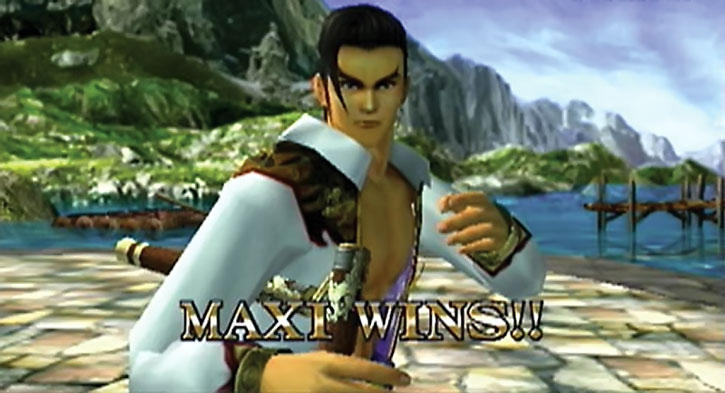 Maxi wins a fight on the seaside