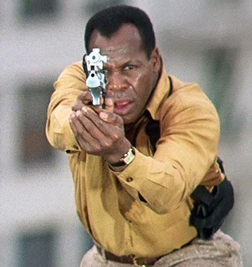 Mike Harrivan (Danny Glover in Predator II) aiming his desert eagle