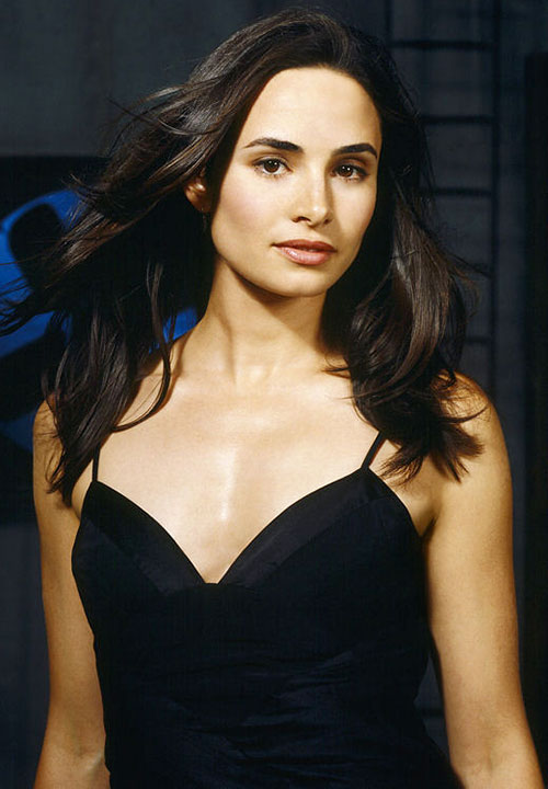 Nadia Santos (Mia Maestro in Alias)
