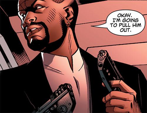 Inspector Nathan Kane (Ocean comic by Ellis) dual-wielding future pistols