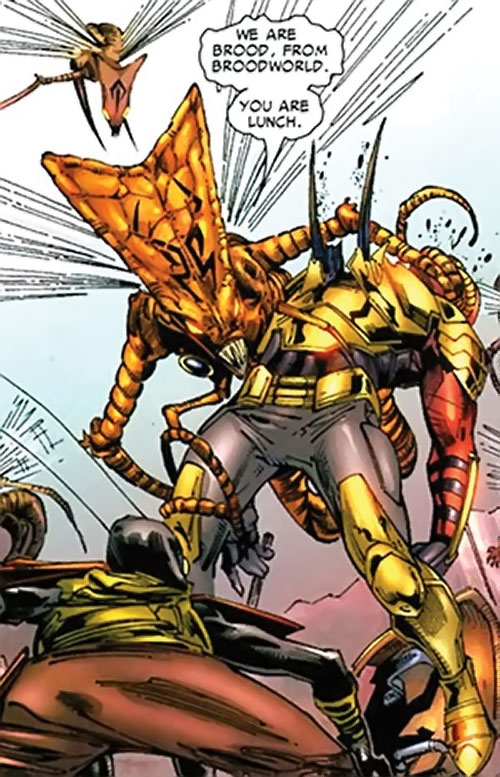 No-Name of the Brood (Planet Hulk character) (Marvel Comics) backstabs a gladiator with her stingers
