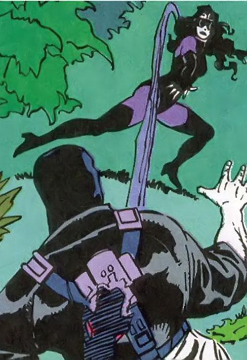 Pathfinder (Suicide Squad enemy) (DC Comics) vs. Nightshade