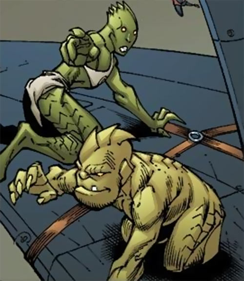 People mother and child in 2002 (X-Men characters) (Marvel Comics)
