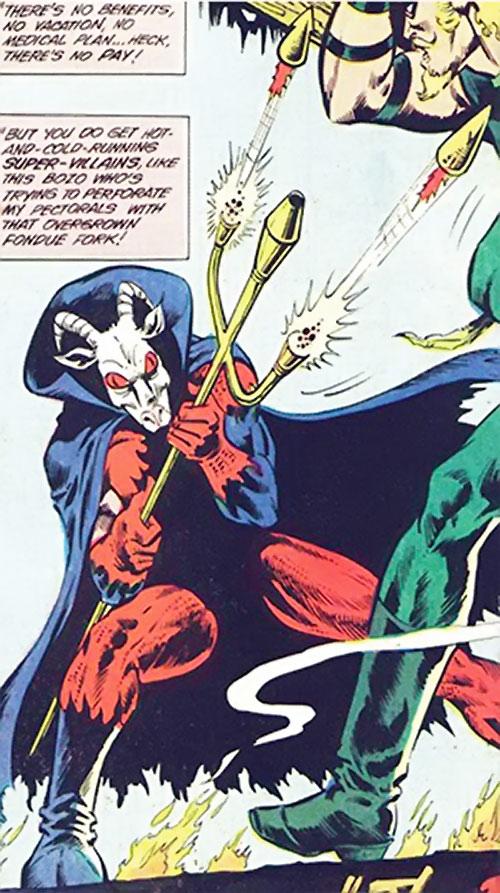 Printer's Devil (Green Arrow enemy) (Detective DC Comics) shooting at GA