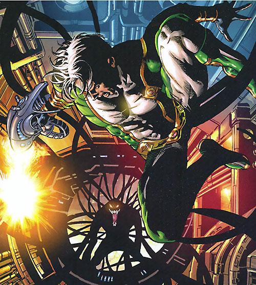 Marvel Boy (Noh-Varr) (Marvel Comics) vs. Venom