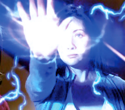 Prue Halliwell (Shannen Doherty in Charmed) casting a spell