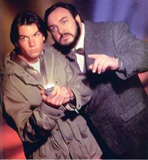 Quinn Mallory (Jerry O'Connell in Sliders) with professor Arturo