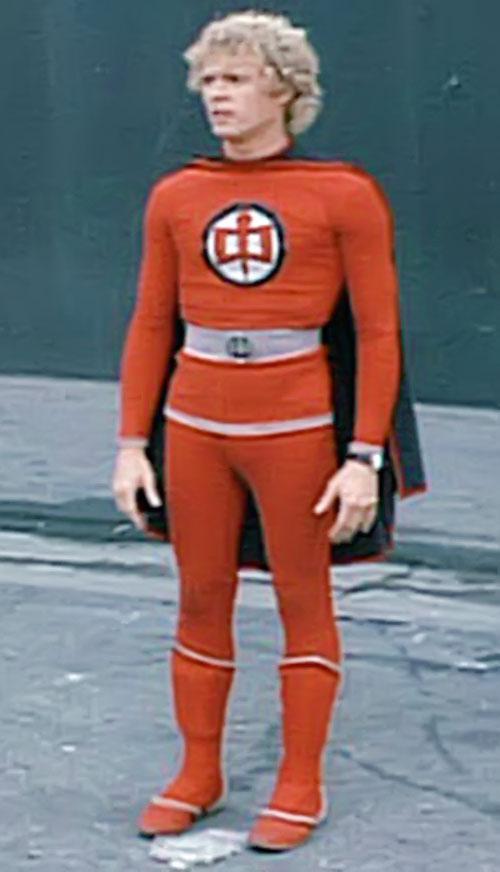 Ralph Hinkley (William Katt in Greatest American Hero) standing in the street
