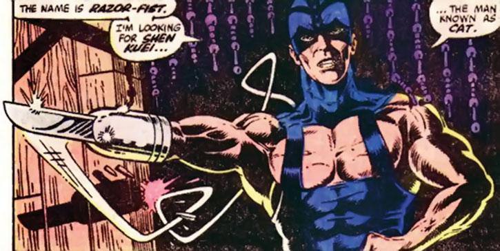 Razor-Fist invades a bar